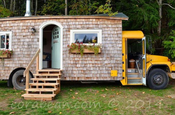Quando lo scuolabus diventa una casa accogliente autobus for Quando costruisci una casa