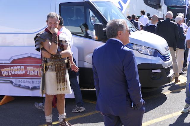 Romana diesel compie 80 anni e festeggia con iveco for Romana diesel trattori usati