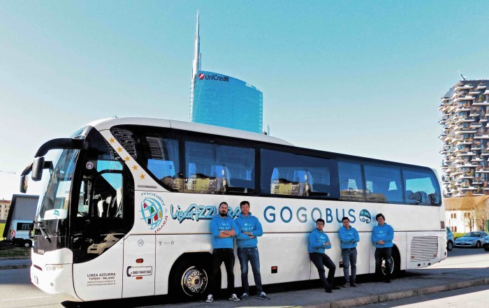 gogobus assicurazione axa assistance bus sharing startup