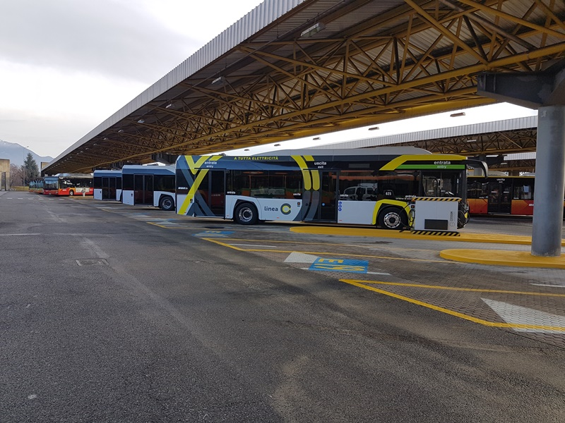 autobus elettrico solaris urbino atb bergamo linea c