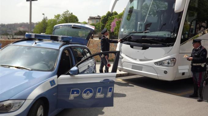 controlli autobus da noleggio