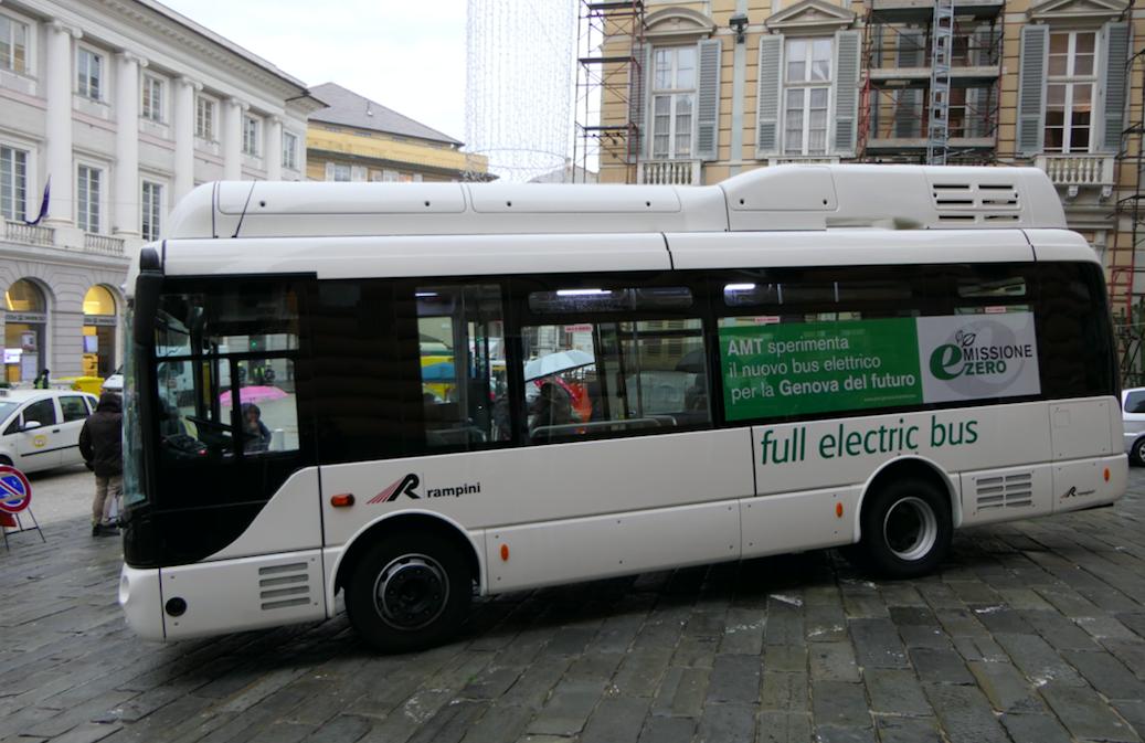 autobus elettrico rampini alè e 80 per amt genova