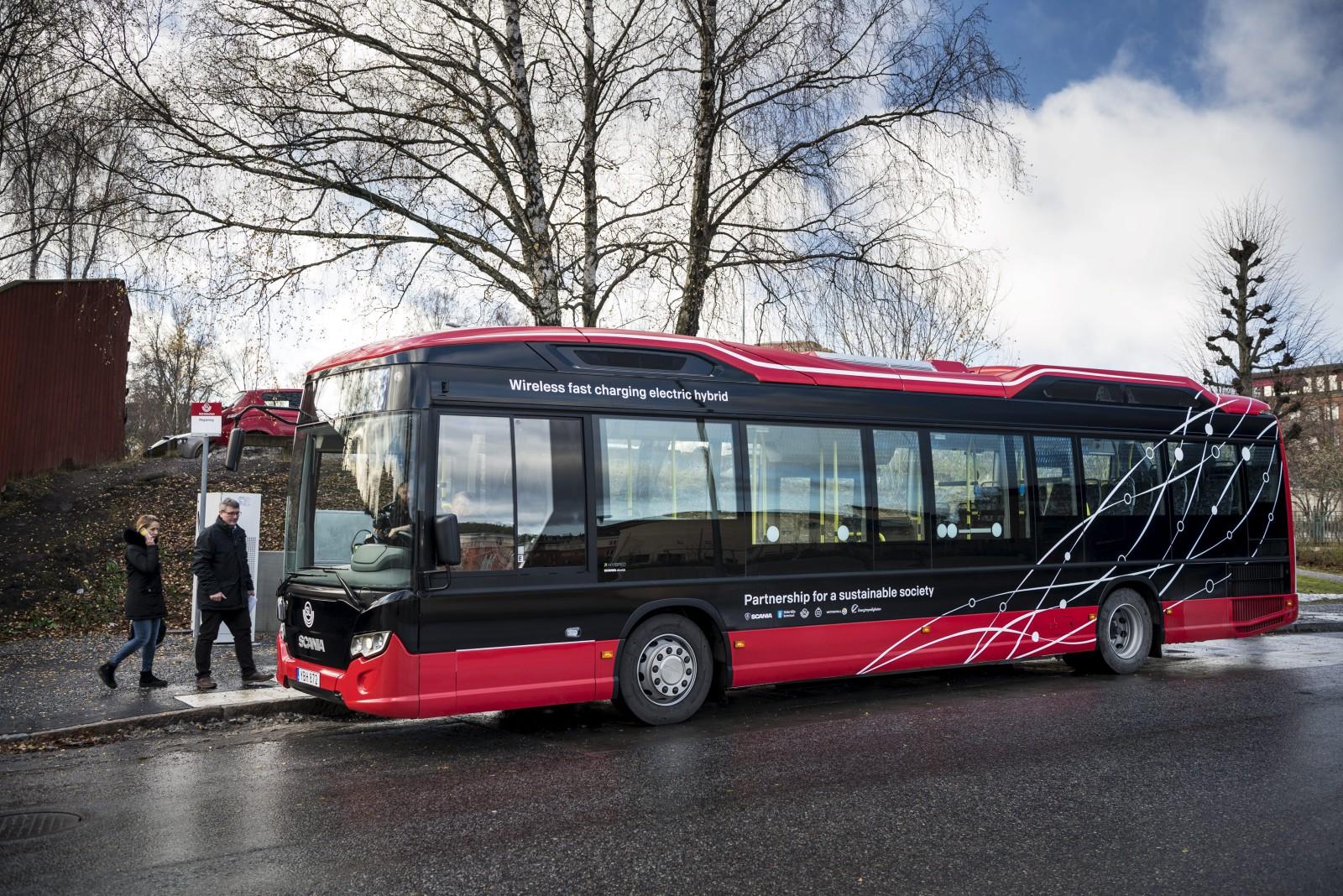 autobus elettrico scania citywide lf