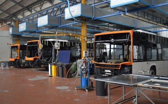 Industria italiana autobus incontro al mise for Industria italiana arredi
