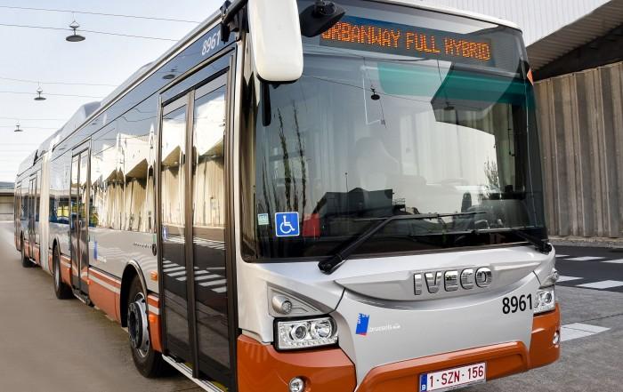 iveco urbanway autobus ibridi