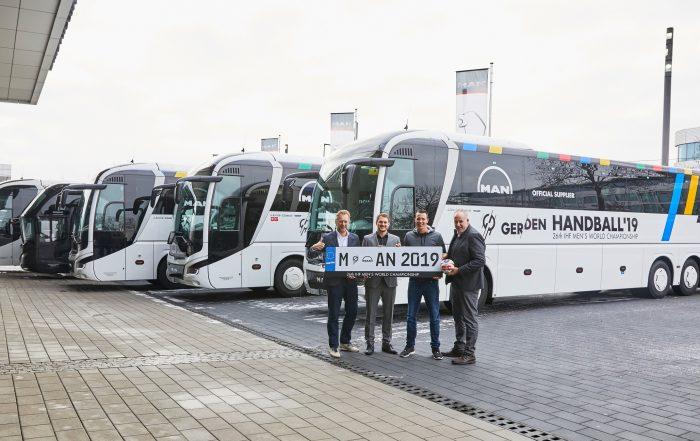 man autobus handball