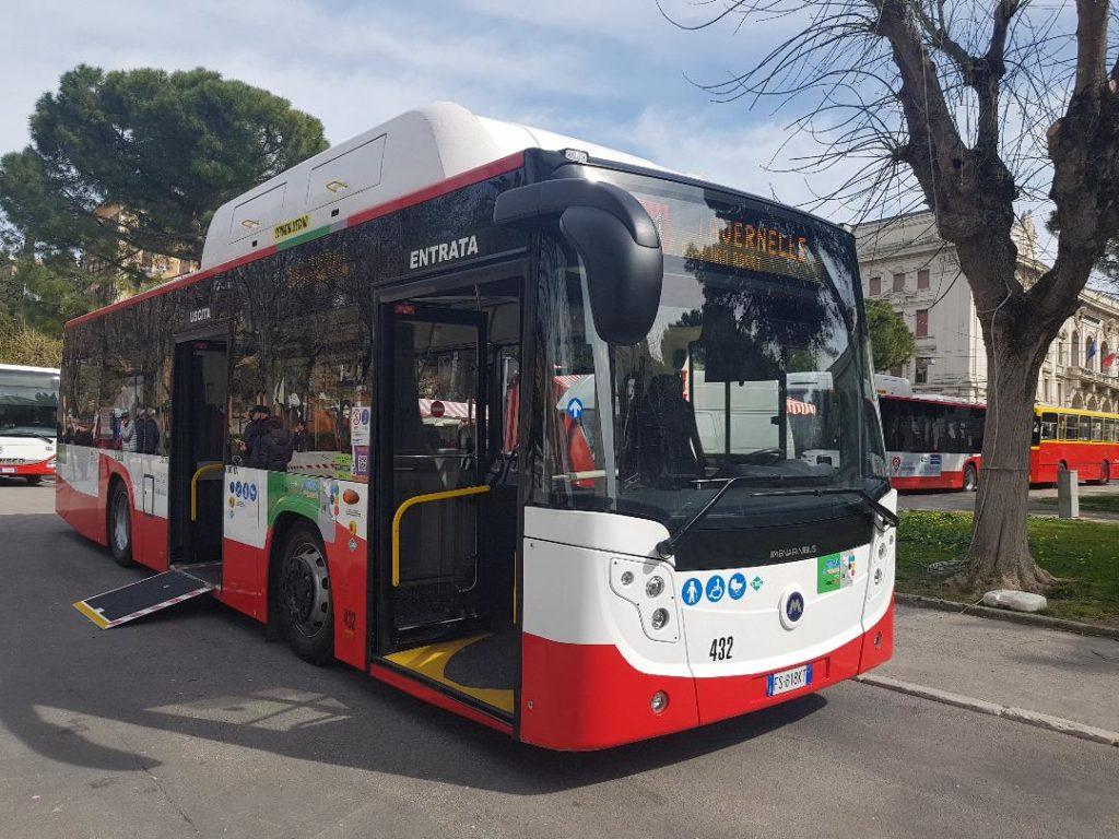 Autobus Conerobus