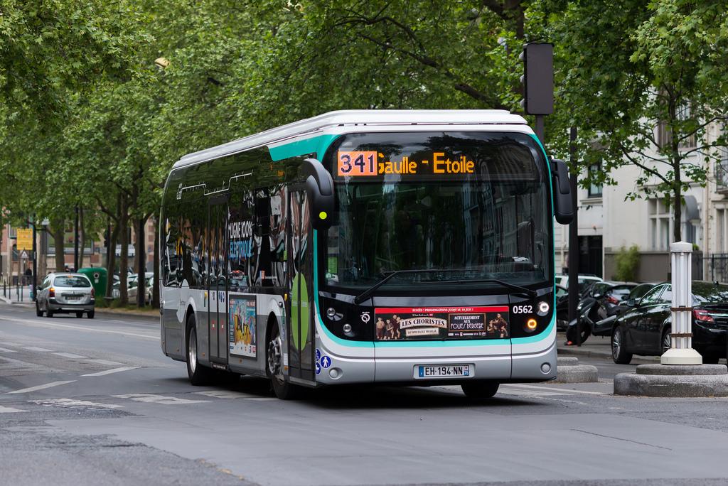 bollorè autobus elettrici parigi