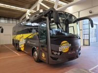 Isuzu autobus
