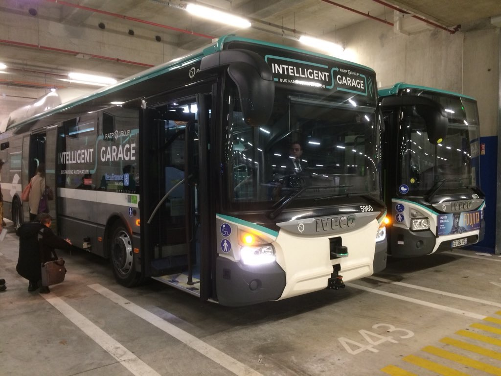 autobus autonomo iveco