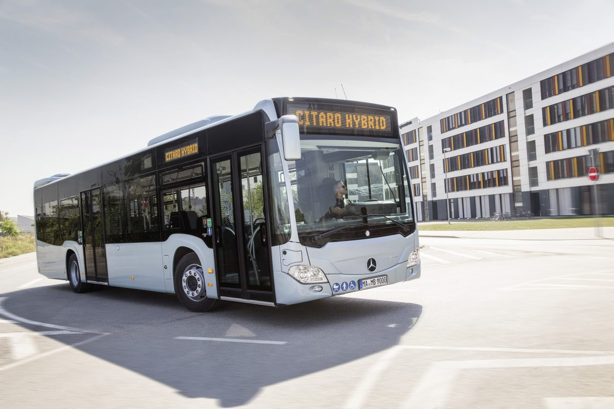 Mercedes vince la gara Atac per cento bus ibridi a Roma
