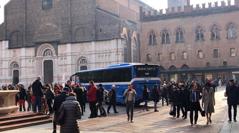 autobus scania lng bologna tper